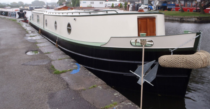How Much Does a Narrow Boat Weigh?