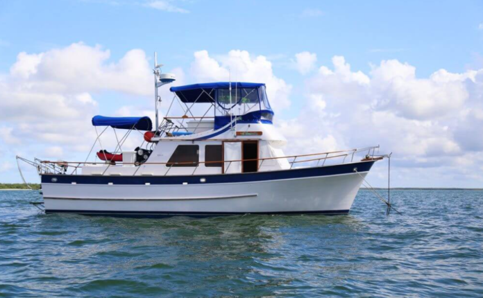 What Is a Liveaboard Trawler?